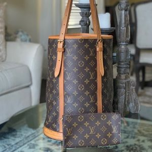 Authentic Louis Vuitton Bucket GM Tote